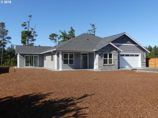 88084 Lake Point Dr, Florence, OR 97439 (MLS #18491019) :: Hatch Homes Group