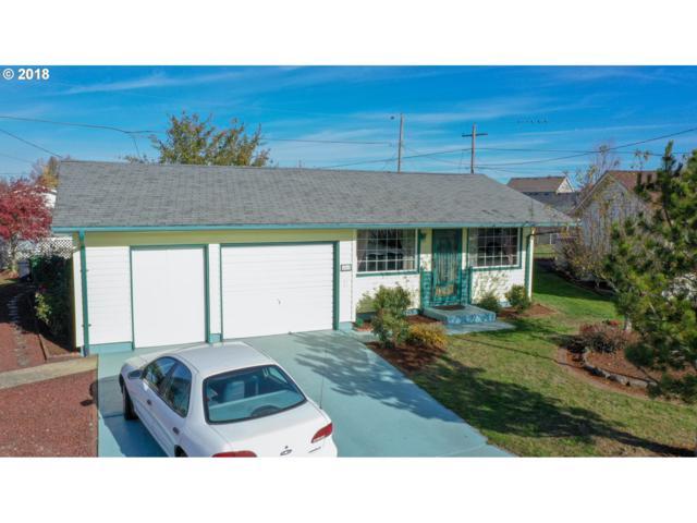 1511 Country Club Cir, Woodburn, OR 97071 (MLS #18507487) :: Premiere Property Group LLC
