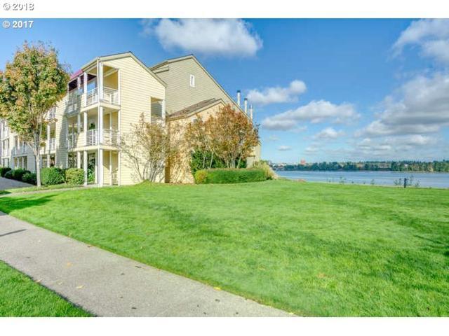 151 N Hayden Bay Dr, Portland, OR 97217 (MLS #18521019) :: McKillion Real Estate Group