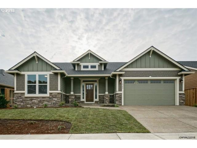 1746 SE Watson Butte Ave, Salem, OR 97301 (MLS #18523509) :: Song Real Estate