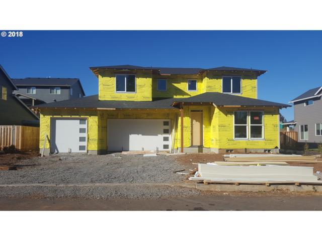 38323 Juniper St, Sandy, OR 97055 (MLS #18565230) :: McKillion Real Estate Group