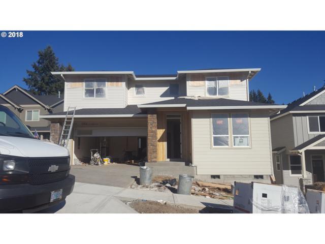 19396 Oak Ave, Sandy, OR 97055 (MLS #18567412) :: McKillion Real Estate Group
