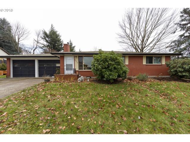 8754 SE Owen Dr, Happy Valley, OR 97086 (MLS #18570006) :: Fox Real Estate Group