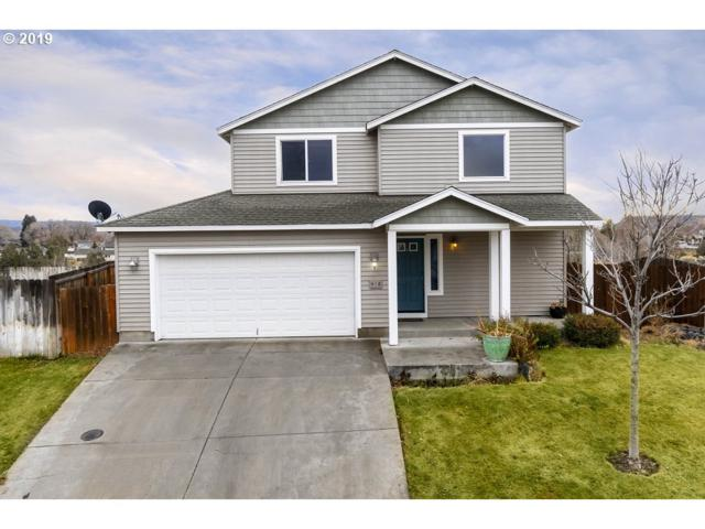 418 NE Robin Ct, Prineville, OR 97754 (MLS #18620172) :: Premiere Property Group LLC