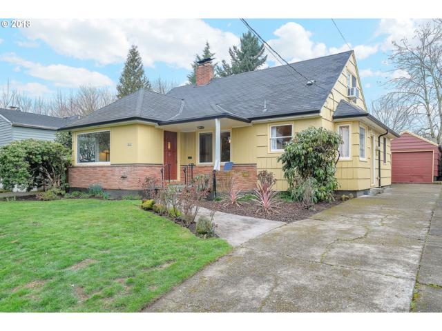 1815 SE Clatsop St, Portland, OR 97202 (MLS #18633630) :: Hatch Homes Group