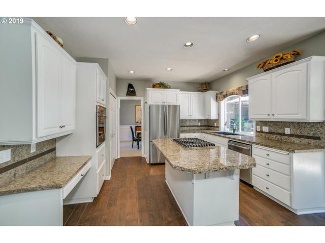 15991 SE Goosehollow Dr, Damascus, OR 97089 (MLS #19007014) :: McKillion Real Estate Group