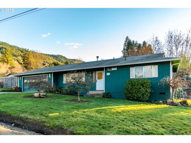 306 Walnut St, Myrtle Creek, OR 97457 (MLS #19018853) :: Townsend Jarvis Group Real Estate