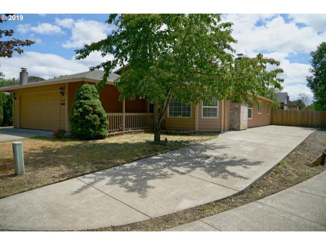 6402 SE Lois St, Hillsboro, OR 97123 (MLS #19038531) :: Matin Real Estate Group