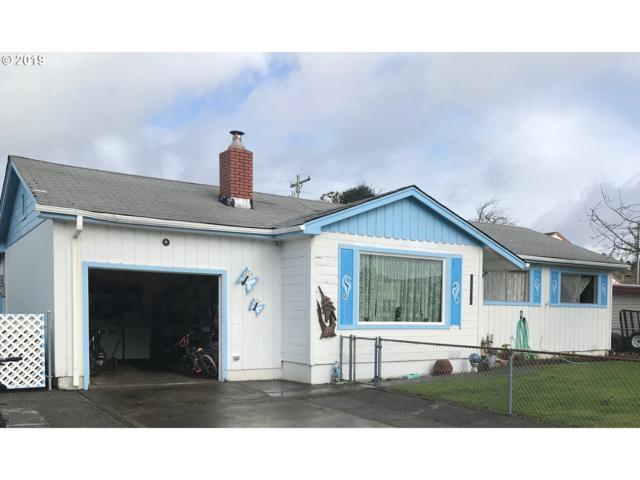 1214 Hub St, Brookings, OR 97415 (MLS #19082317) :: Lux Properties