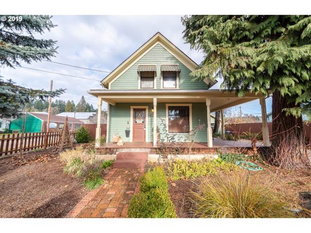1642 W Main St, Cottage Grove, OR 97424 (MLS #19085033) :: The Lynne Gately Team