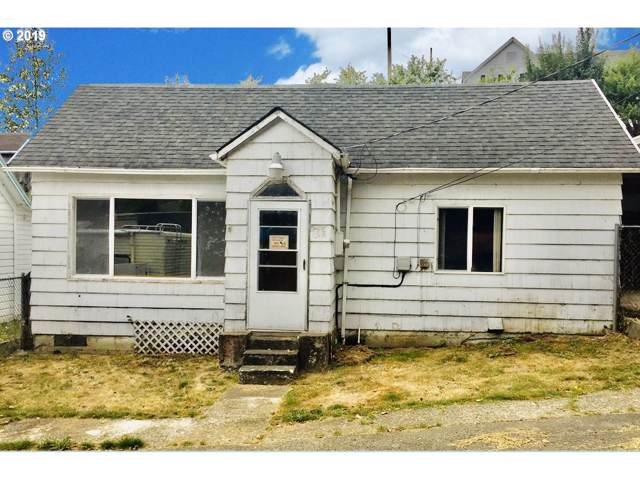 285 Pitt St, Gardiner, OR 97441 (MLS #19089195) :: Premiere Property Group LLC