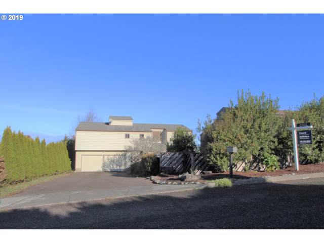 580 Date, Coos Bay, OR 97420 (MLS #19133507) :: Townsend Jarvis Group Real Estate