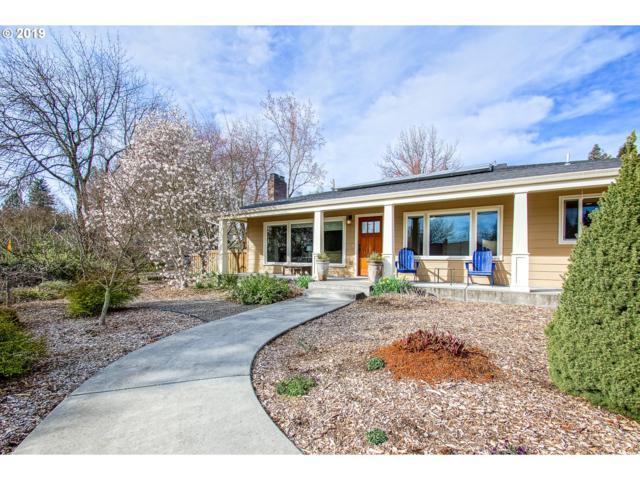 8395 SW Cashmur Ln, Portland, OR 97225 (MLS #19155192) :: Cano Real Estate