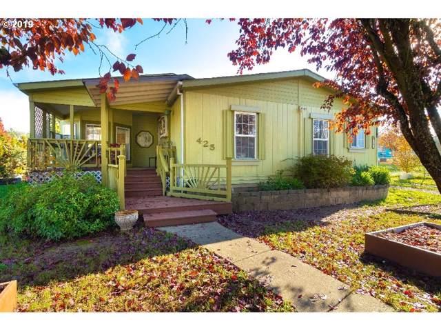 425 NE Neal Ln, Myrtle Creek, OR 97457 (MLS #19159820) :: Fox Real Estate Group