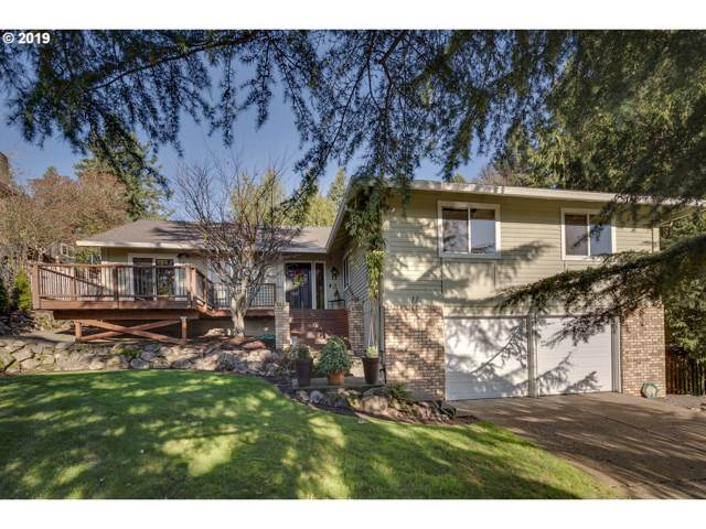11 Falstaff St, Lake Oswego, OR 97035 (MLS #19178929) :: Skoro International Real Estate Group LLC