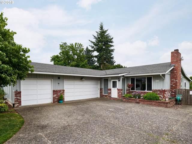 2341 SE 154TH Ave, Portland, OR 97233 (MLS #19248663) :: Premiere Property Group LLC