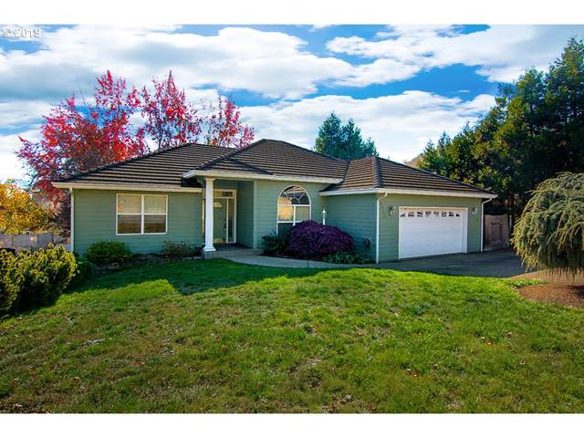 2355 NW Witherspoon Ave, Roseburg, OR 97471 (MLS #19282708) :: Townsend Jarvis Group Real Estate