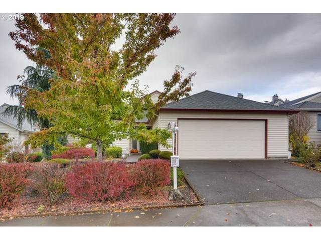 16333 SW 129TH Ter, King City, OR 97224 (MLS #19291981) :: Gregory Home Team   Keller Williams Realty Mid-Willamette