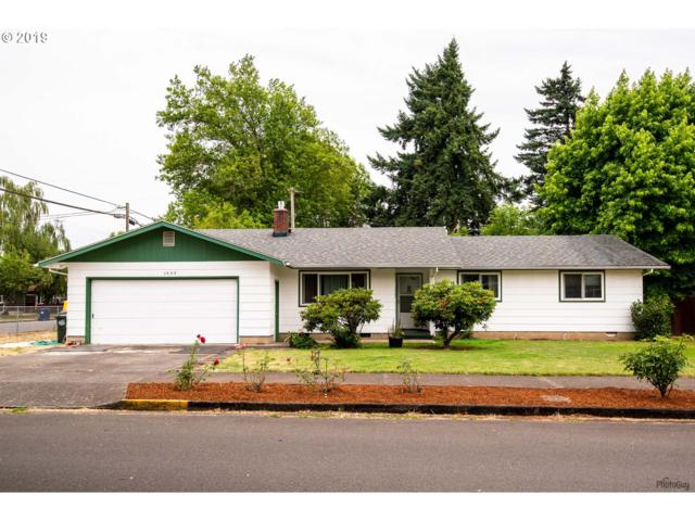 1025 Oak St, Junction City, OR 97448 (MLS #19316090) :: R&R Properties of Eugene LLC