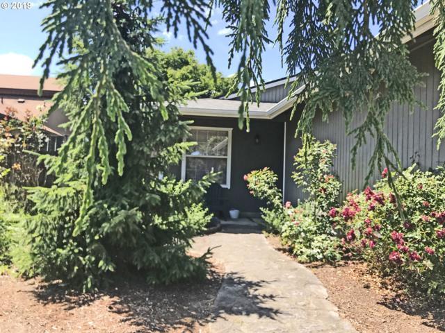 809 Marie Ave, Newberg, OR 97132 (MLS #19353607) :: McKillion Real Estate Group
