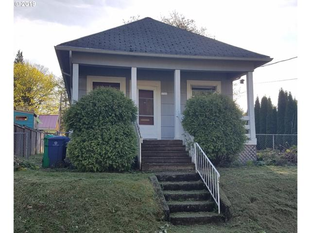 9746 N Smith St, Portland, OR 97203 (MLS #19359821) :: The Galand Haas Real Estate Team