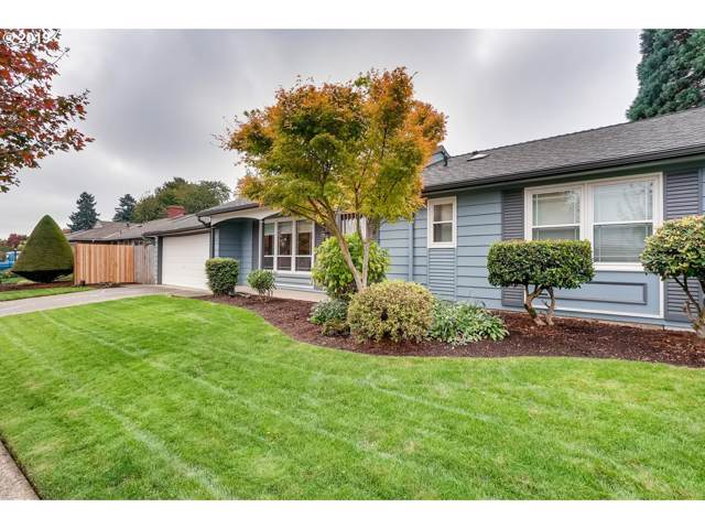 13912 NE Fremont Ct, Portland, OR 97230 (MLS #19368637) :: Townsend Jarvis Group Real Estate