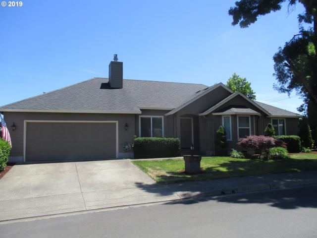 989 Hazelnut Ln, Springfield, OR 97477 (MLS #19372359) :: Premiere Property Group LLC