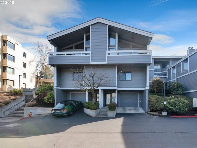 635 SE Linn St E, Portland, OR 97202 (MLS #19381337) :: The Sadle Home Selling Team