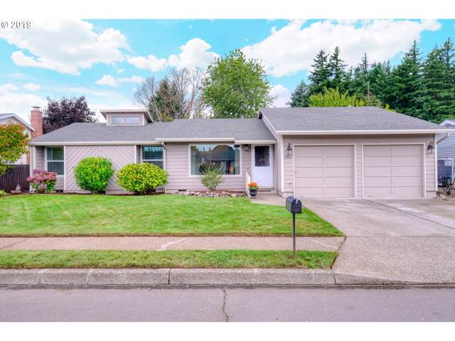 2401 NW Norman Ave, Gresham, OR 97030 (MLS #19389511) :: Change Realty