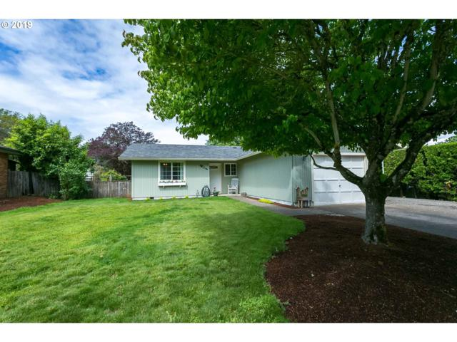 575 S Elm St, Canby, OR 97013 (MLS #19407476) :: Fox Real Estate Group