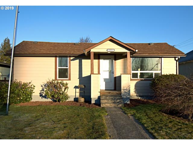 293 26TH Ave, Longview, WA 98632 (MLS #19416508) :: Change Realty