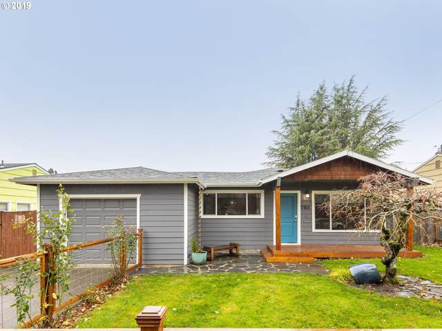 7911 SE Sherman St, Portland, OR 97215 (MLS #19417253) :: Premiere Property Group LLC