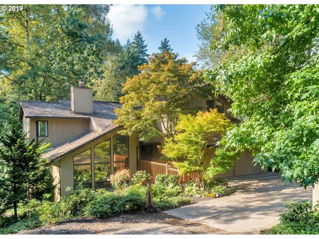 1590 Country Club Rd, Lake Oswego, OR 97034 (MLS #19463111) :: Fox Real Estate Group