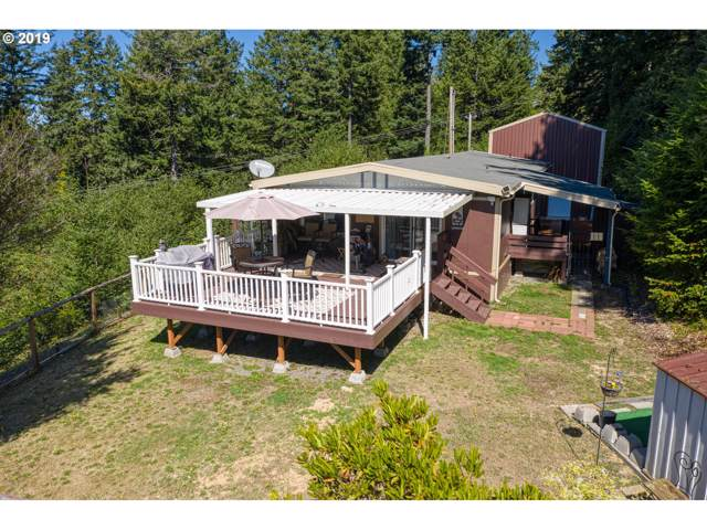 17847 Rainbow Rock Rd, Brookings, OR 97415 (MLS #19494929) :: Brantley Christianson Real Estate