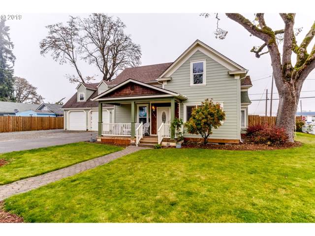 1220 Juniper St, Junction City, OR 97448 (MLS #19506737) :: Team Zebrowski