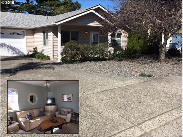 17310 Blueberry Dr, Brookings, OR 97415 (MLS #19511677) :: Fox Real Estate Group