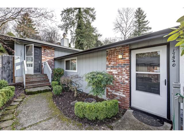 17540 Webster Rd, Gladstone, OR 97027 (MLS #19551293) :: Next Home Realty Connection