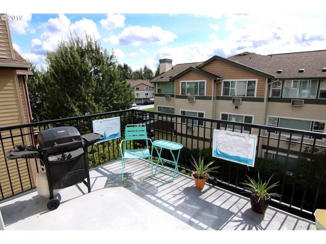 760 NW 185TH Ave #307, Beaverton, OR 97006 (MLS #19558422) :: Change Realty