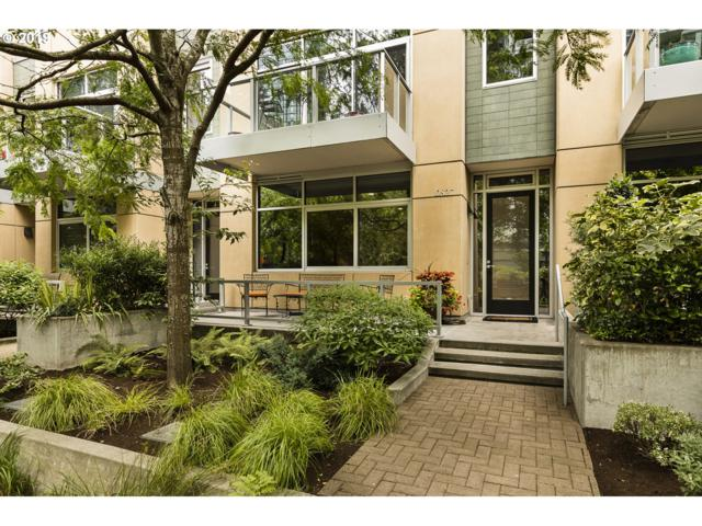 827 SW Pennoyer St #TH-H, Portland, OR 97239 (MLS #19569689) :: Change Realty