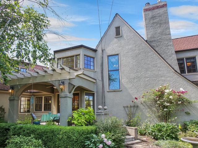 2924 NE Regents Dr, Portland, OR 97212 (MLS #19582815) :: The Sadle Home Selling Team