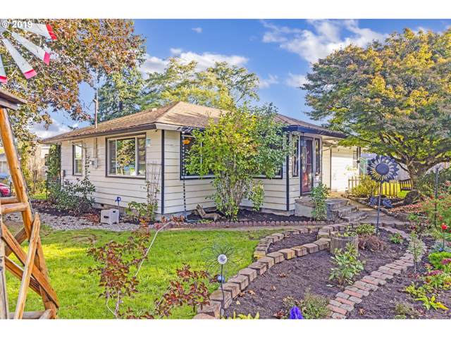 276 NW Cary St, Estacada, OR 97023 (MLS #19589944) :: Next Home Realty Connection