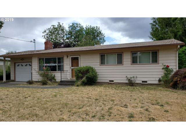 162 W Broccoli St, Roseburg, OR 97471 (MLS #19644062) :: Song Real Estate