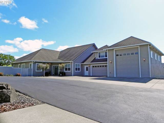 2116 Willow Loop E, Florence, OR 97439 (MLS #19663687) :: Gustavo Group