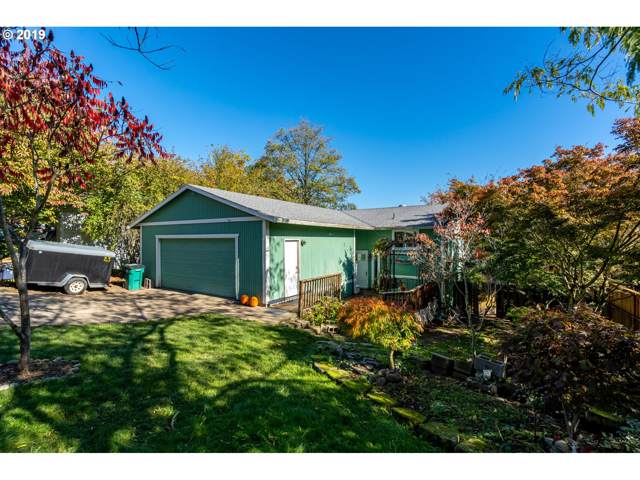 1230 SE Chapman Ave, Troutdale, OR 97060 (MLS #19675163) :: Matin Real Estate Group
