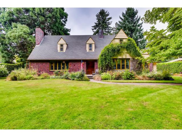 637 SE Saint Andrews Dr, Portland, OR 97202 (MLS #19691790) :: Next Home Realty Connection