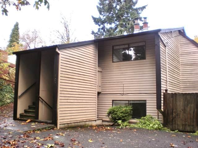 401 Linn Ave, Oregon City, OR 97045 (MLS #20000798) :: Fox Real Estate Group