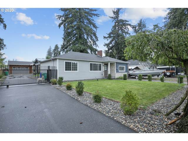 2233 SE 158TH Ave, Portland, OR 97233 (MLS #20035736) :: Premiere Property Group LLC