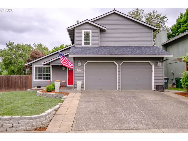17399 SW Beaver Ct, Beaverton, OR 97003 (MLS #20044745) :: Fox Real Estate Group