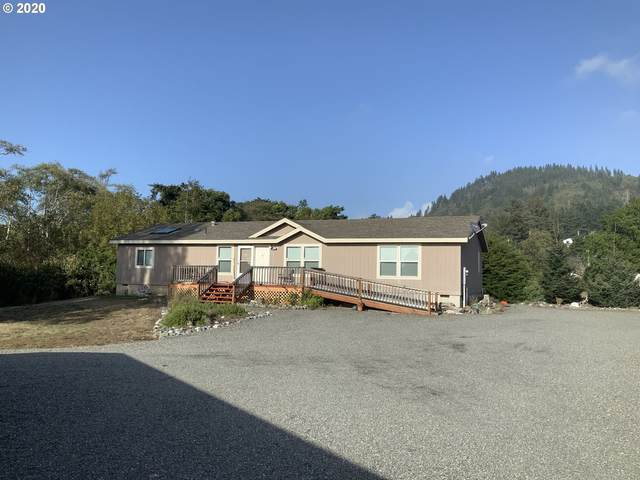 94235 Sixth St, Gold Beach, OR 97444 (MLS #20059896) :: McKillion Real Estate Group