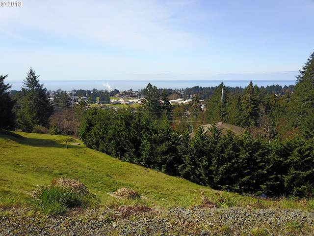 6896 Pacific Terrace Loop, Brookings, OR 97415 (MLS #20082665) :: Coho Realty